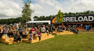3 med spring-over-køen app og lynopladning på Roskilde Festival