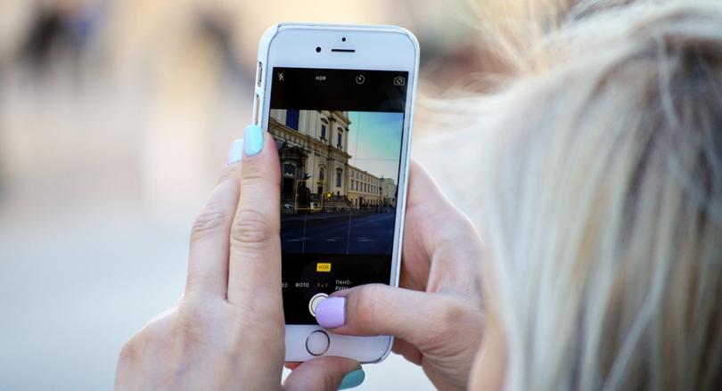 YouSee opruster på roaming i udlandet – langt mere data uden for EU