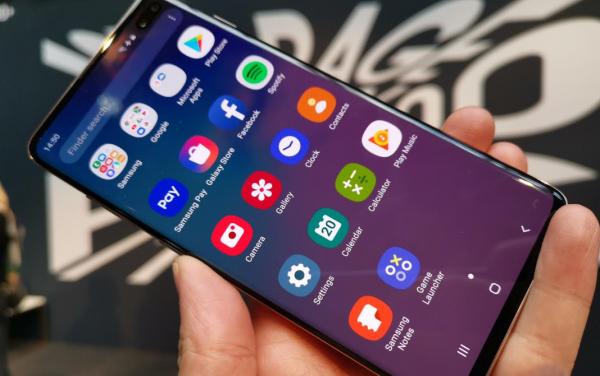 456dc6db4 Pris på Samsung Galaxy S10+ - se hvad den koster