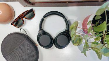 Test af Sony WH-1000XM4: Støjreduktion i topklasse