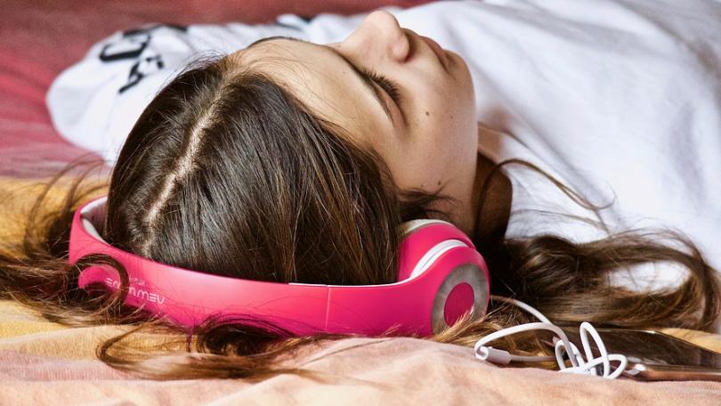 Bedste mobilabonnementer med musik inkluderet