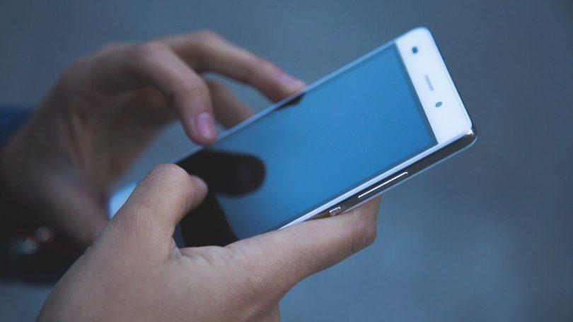 Vælg mobilabonnement med fri data – her er de billigste