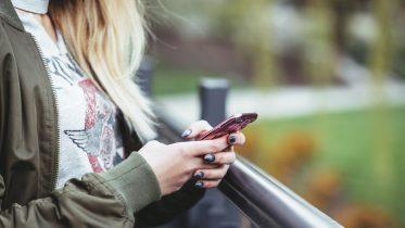 Forbrugsafregnet mobilabonnement – her er de billigste
