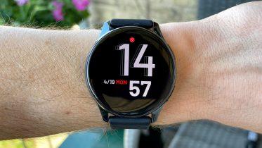 Test af OnePlus Watch – Et mangelfuldt smartwatch