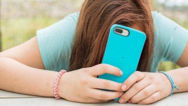 De billigste mobilabonnementer til børn lige nu