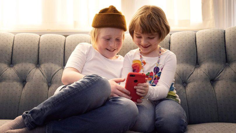 Skolestart: De bedste mobilabonnementer til børn