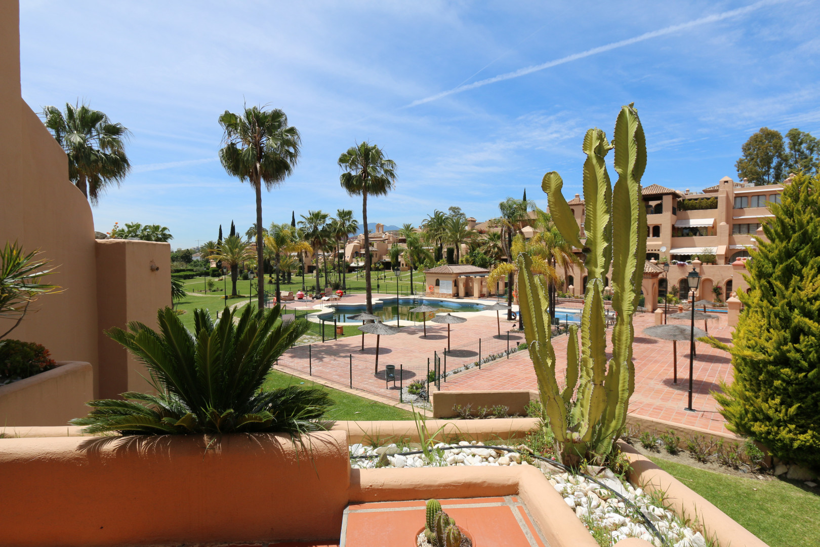 Unique 4 bed penthouse in Cartuja del Golf