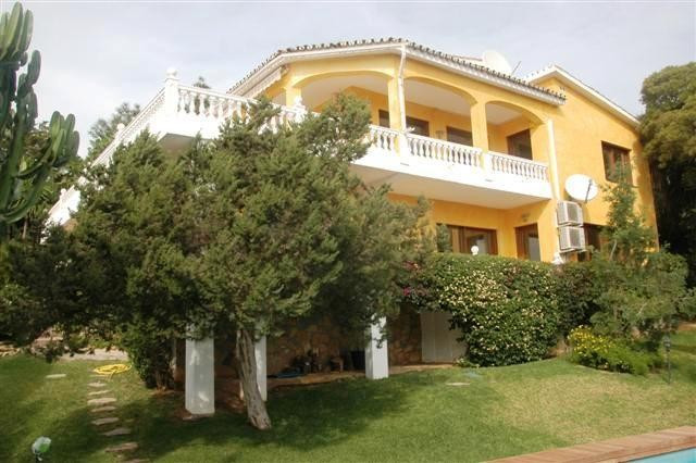 Wonderful Villa in Marbesa, Marbella East