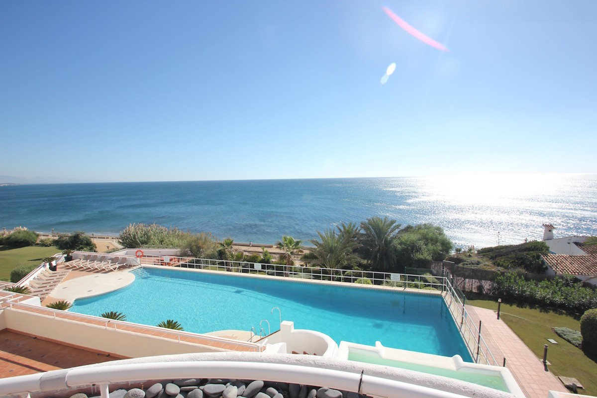 3 bed  Apartment in Estepona