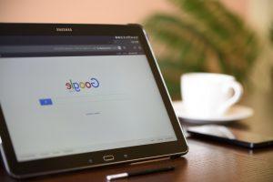 Im Internet recherchieren : Suchmaschinen abfragen