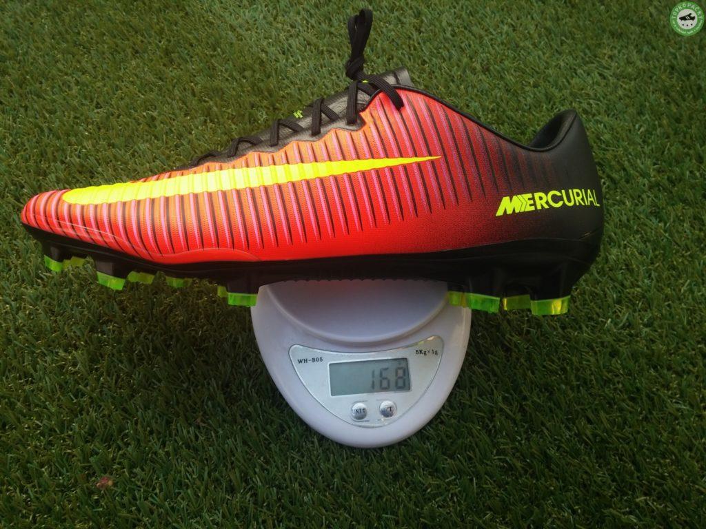 Nike Mercurial Vapor XI - váha