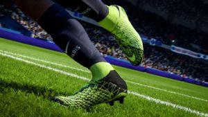 Fifa 18 - Edinson cavani kopačky Hypervenom 3
