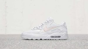 Nike materiál Flyleather - Air Max 90