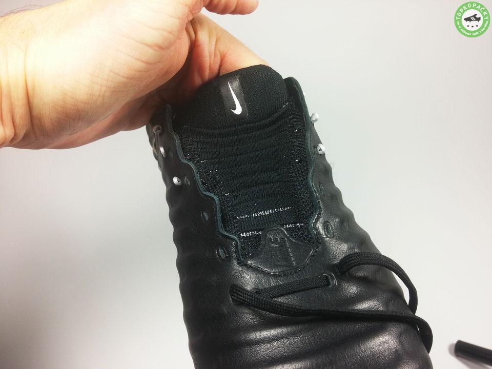 Kopačky Nike Tiempo Legend VII zavazování