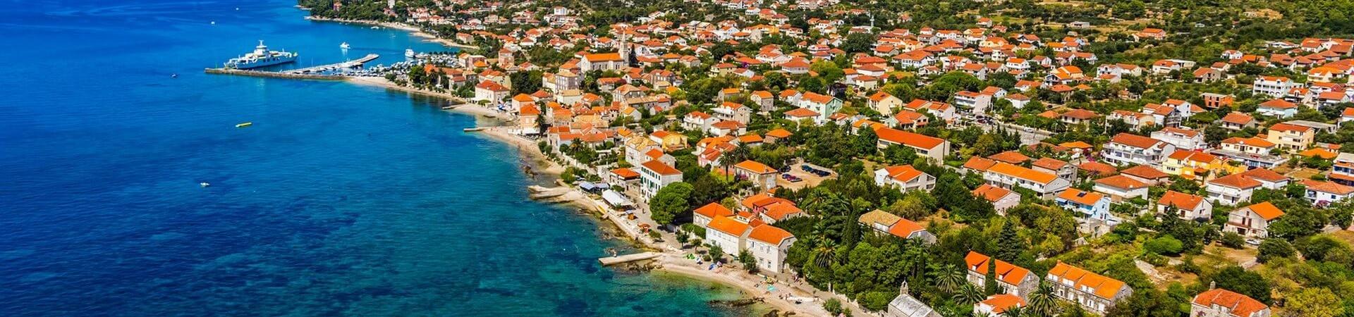 Widok na Orebic w Chorwacji