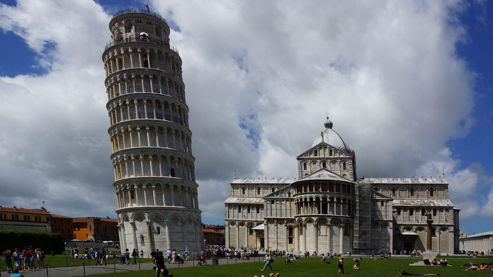 пизанская башня смотреть