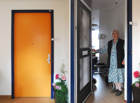 Before and after at the Pieter van Foreest Weidevogelhof nursing home for Ms van der Kooy
