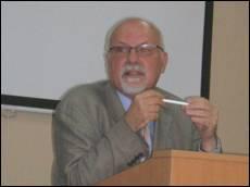Лекція професора Франка Сисина