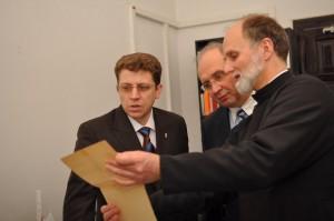 Олег панькевич та ректор УКУ о.Борис