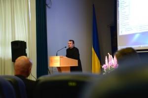 Декан факультету, доктор богослов'я Оксфордського університету д-н Роман Завійський