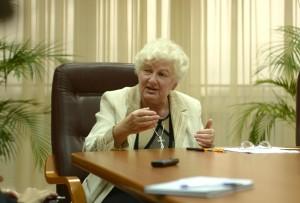 проф. Марта Богачевська-Хом'як на лекції, присвяченій ролі жінок в розвитку УГКЦ в США