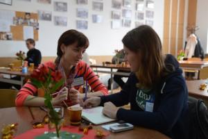 На зустрічі зібралися випускники різних програм, років та з різних міст України