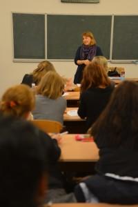 Вікторія Міщук займається темою казкотерапії, працюючи в одному з дитячих видавництв