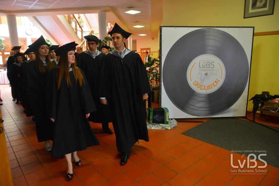 Випускники LvBS - учасники програм Key Executive MBA та Програми з інновацій і підприємництва