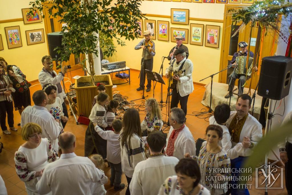 Запальні танці на «Перелаз'» під батярські пісні від Віктора Морозова та батяр-бенду «Галичина»
