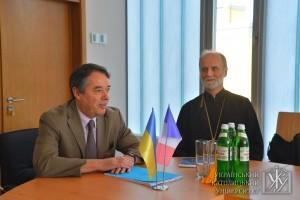 Посол Франції в Україні Ален Ремі та президент УКУ вл. Борис (Ґудзяк)