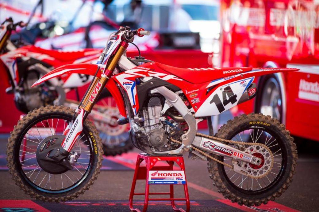Scrub Mx Article Team Honda Hrc R2r Auction Join The Team For