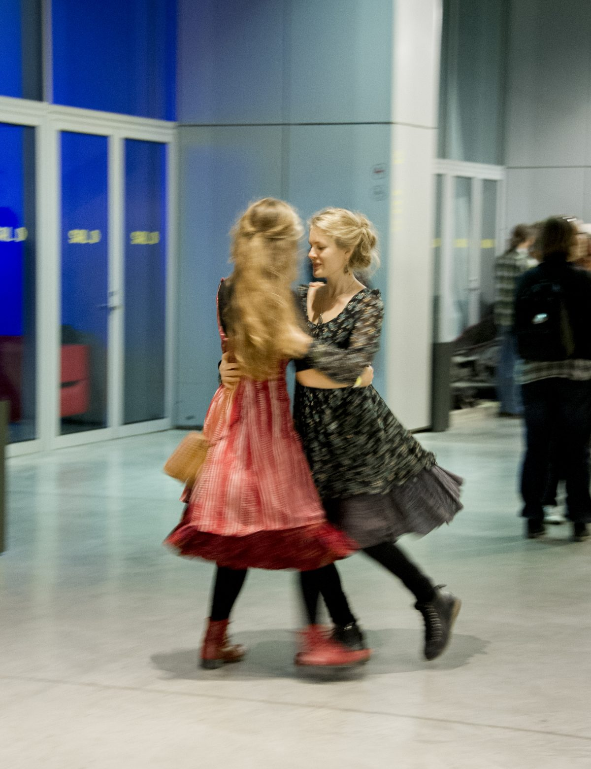 Dans på Oktoberstämman. Foto: Stewen Quigley.