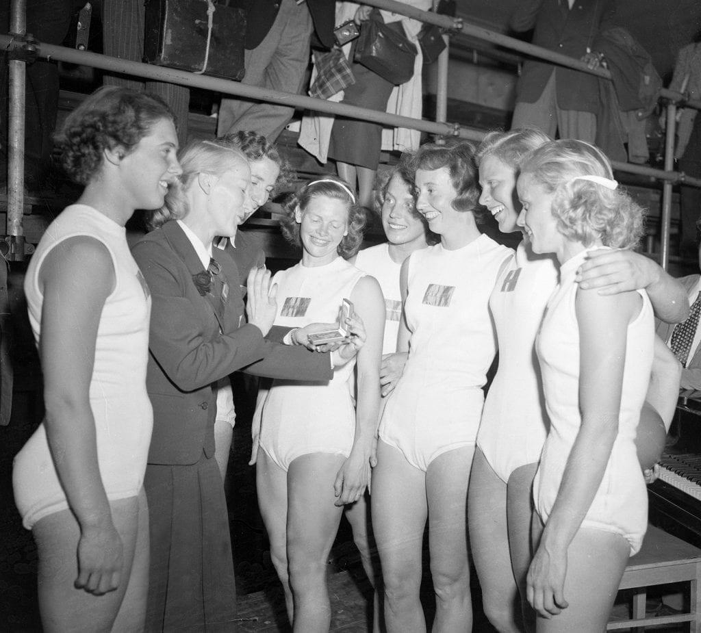 Svenska laget i damernas lagtävling med portabla redskap