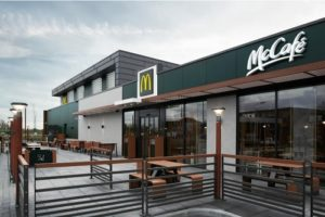 Nieuw filiaal McDonald's voorzien van warmtepompen