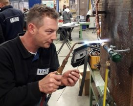 'Lichtere' cursus F-gassen voor warmtepompmonteurs