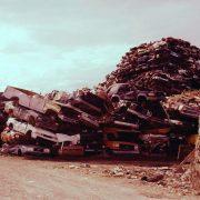 """Recycling-Auto Noah: Aus """"Müll"""" werden Autos gemacht."""
