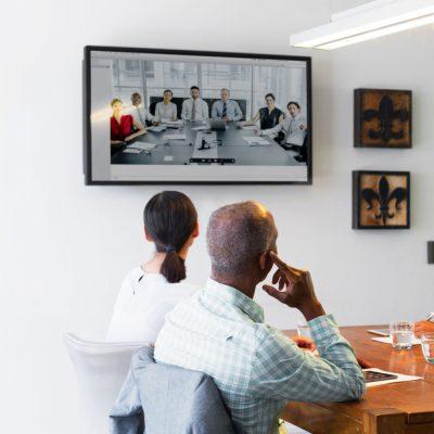Ein Meeting mit Videokonferenz