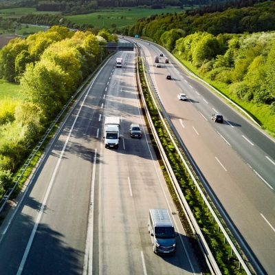 Fuhrpark auf der Autobahn