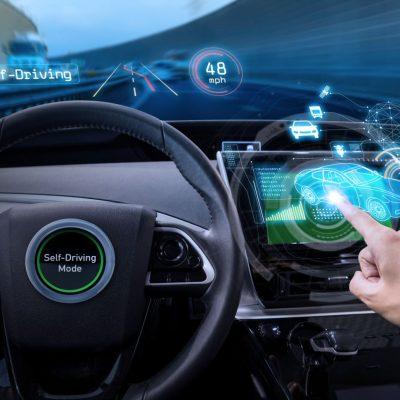 Auf der IFA Berlin diskutierten führende Akteure und Start-ups der Automobilindustrie bei der ersten Shift Automotive über die Zukunft des Fahrens.