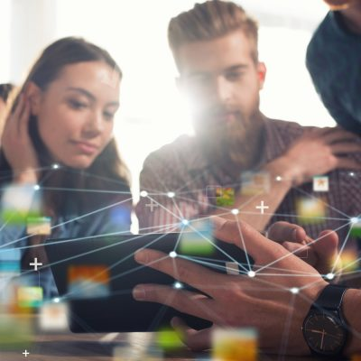 Start-up-Gründer diskutieren über IoT-Geschäftsmodelle