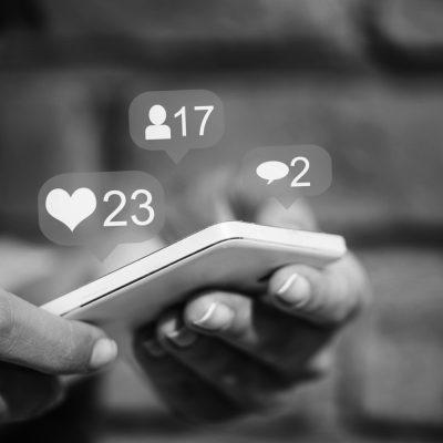 Symbolbild für Likes, Freundschaften und Kommentare in Facebook