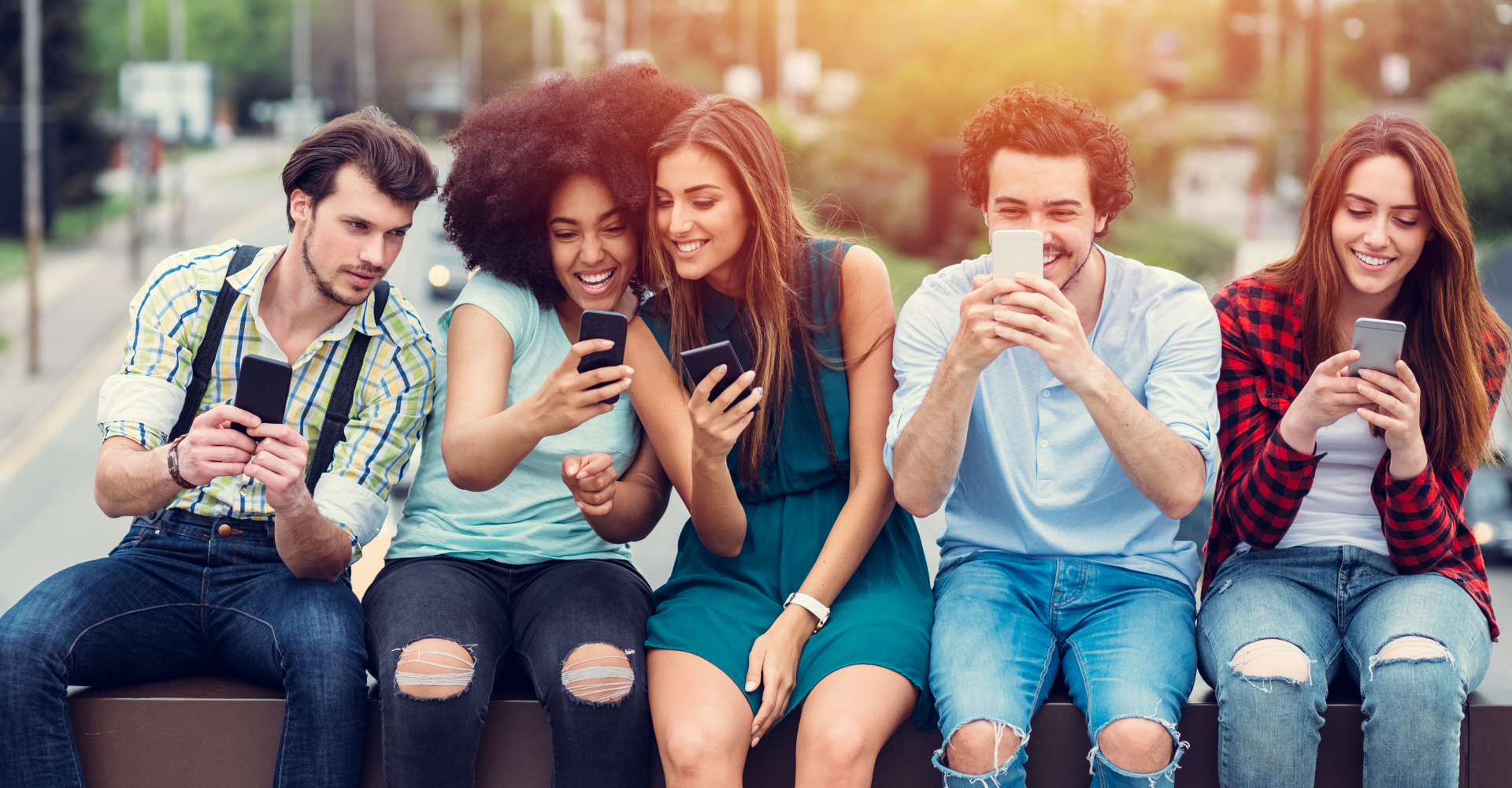 Mit WhatsApp Status sehen Deine Freunde, was bei Dir los ist.