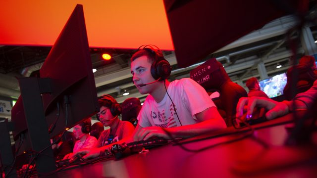 PC-Spieler spielen Spiele.