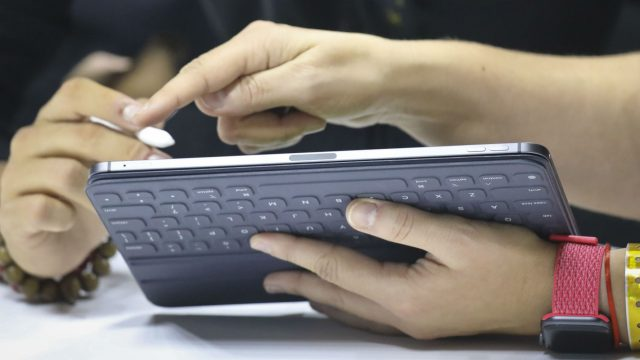 Das neue iPad Pro wird getestet.