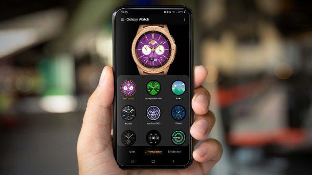 Das Ziffernblatt der Galaxy Watch in der Galaxy-Wearable-App anpassen