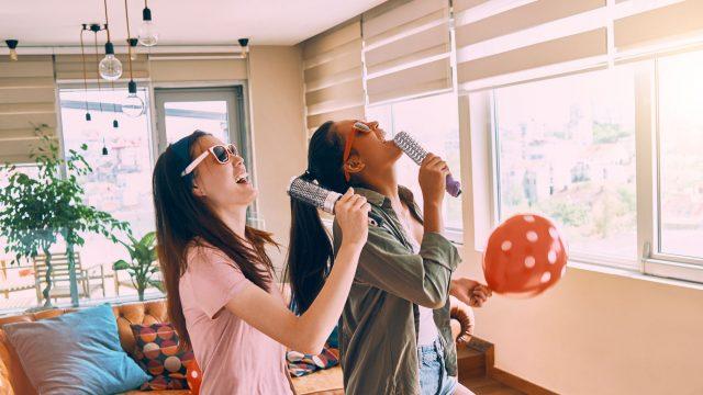 twitch-sings-karaoke-live-streaming-game