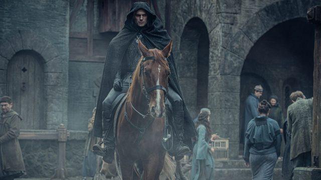 """Henry Cavill als der Hexer in der Netflix-Serie """"The Witcher""""."""