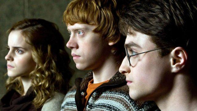 """Die Darsteller Emma Watson, Rupert Grint und Daniel Radcliffe im Film """"Harry Potter und der Halbblutprinz""""."""