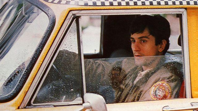 """Schauspieler Robert De Niro im Film """"Taxi Driver""""."""