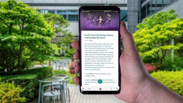 Am Samsung Galaxy S9+ die Ankündigung der Team-Rocket-Bosse in Pokémon Go durchlesen.